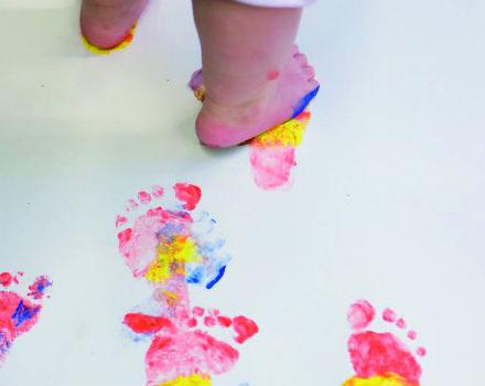 En tå i det blå – drop in babymålning