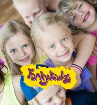 Funkykidz 2-3 år med förälder, fredagar 15:00(terminskurs) Höst 2018