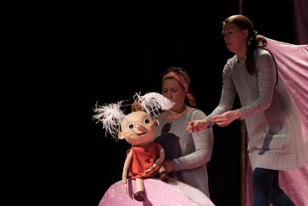 Familjelördag: Kanel & Kanin och alla känslorna – Dockteatern Tittut