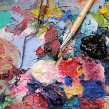 Kreativt måleri – alla kan måla – upp med händerna