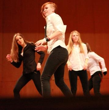 Showdans/Streetdance/MTV Dance för 13-16 år Terminskurs