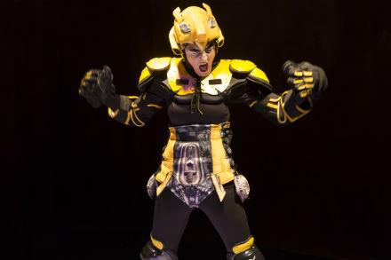Familjelördag: Robotdiktatorn – Mittiprickteatern
