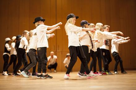 Streetdance/ Gymnastik 6-7 år Terminskurs