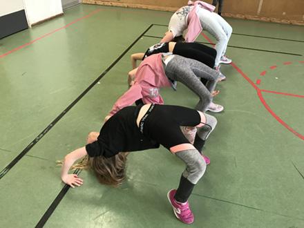 Streetdance/ Showdans/ Gymnastik 9-12 år Terminskurs
