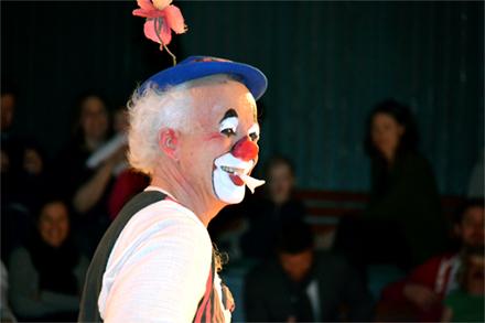 Sportlovsteater:  Äntligen här! Med Clownen Manne SLUTSÅLD