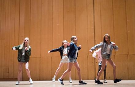 Showdans/ Gymnastik/ Streetdance 10-13 år Terminskurs